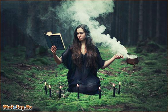 Девушка фоткается в лесу без одежды, фото бритой пизды худеньких женщин